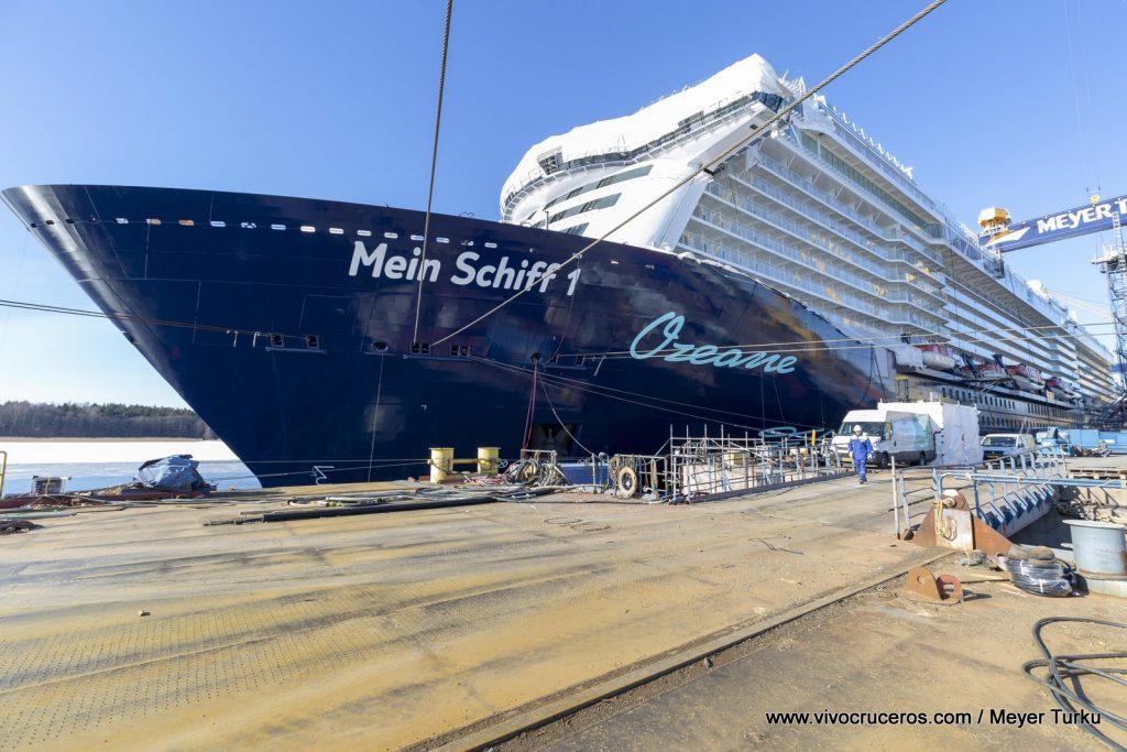 New Mein Schiff 1